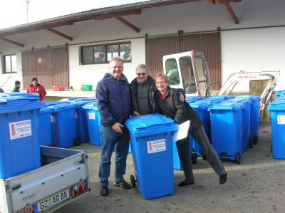 Altpapiertonne, Blaue Tonne, Sammlung,Papier,Papiersammlung, Glöttweng, Landensberg
